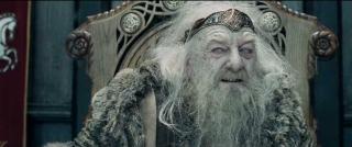 Bernard Hill jako Szalony Król