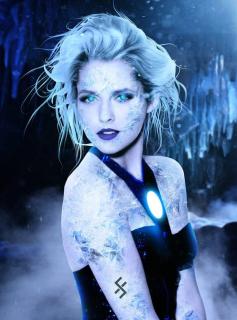Teresa Palmer jako Killer Frost
