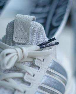 Daenerys - buty Adidas z serialu Gra o tron