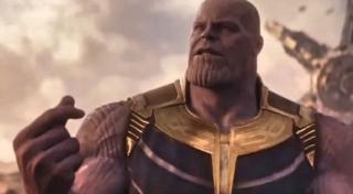 """To kolejny serial Netfliksa, w którym nie pojawia się żadne nawiązanie do MCU - w sieci dużą popularnością cieszy się teoria, według które akcja serialu """"Punisher"""" rozgrywa się zupełnie poza Kinowym Uniwersum Marvela"""