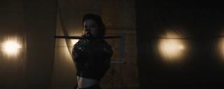 Birds of Prey - Mary Elizabeth Winstead jako Huntress