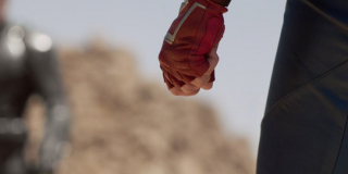 Nadludzka siła - w różnych komiksach Kapitan Marvel pokonywała już Hulka i Thanosa