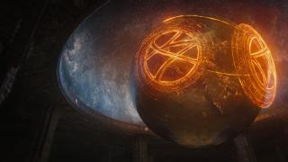 Nieznana data: Najwyższy Mag Agamotto w niejasnych okolicznościach wchodzi w posiadanie Kamienia Czasu –zakłada on wówczas Sanctum Sanctorum. Mniej więcej w tym samym okresie powstaje miasto K'un-Lun, którego obrońcą staje się Iron Fist. Pięciu z mieszkańców miasta, którzy pragną zgłębić zagadkę nieśmiertelności, zostaje wypędzonych – zakładają oni organizację Dłoń.