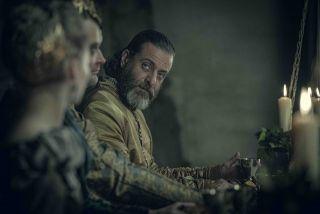 Myszowór (Adam Levy) - druid obecny podczas uczty w Cintrze. Dobry znajomy Geralta, któremu przypominał o zobowiązaniach związanych z prawem niespodzianki. Odegrał też istotną rolę w połączeniu wyspy Skellige i Cintry sojuszem.