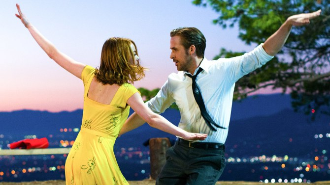 Sing wciąż najpopularniejszym filmem weekendu. Świetny wynik La La Land