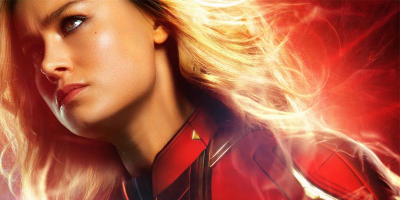 Silna jak Kapitan Marvel. Brie Larson trenuje pchając auto