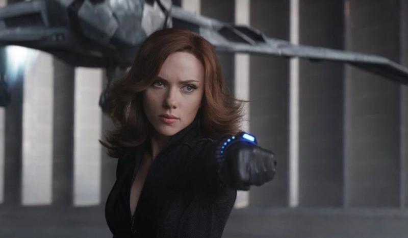 Czarna Wdowa - Scarlett Johansson w kostiumie na nowych zdjęciach z planu filmu