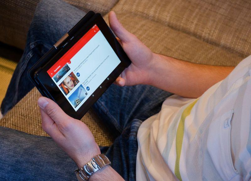 Ujawniono, ile YouTube zarabia na reklamach