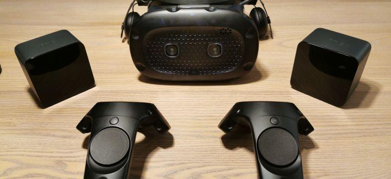 Pojedynek na miecze świetlne w VR – testujemy gogle HTC Vive Elite