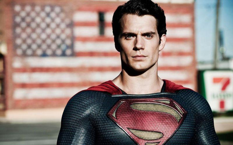 Henry Cavill był Supermanem już jako dziecko. 'Potwierdził' to zdjęciem
