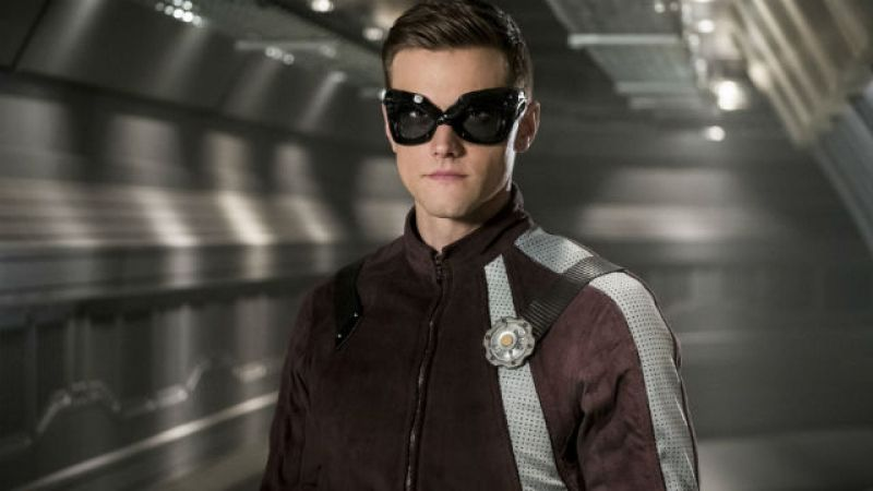 Flash - showrunner i odtwórca głównej roli o zwolnieniu Hartleya Sawyera za niestosowne tweety