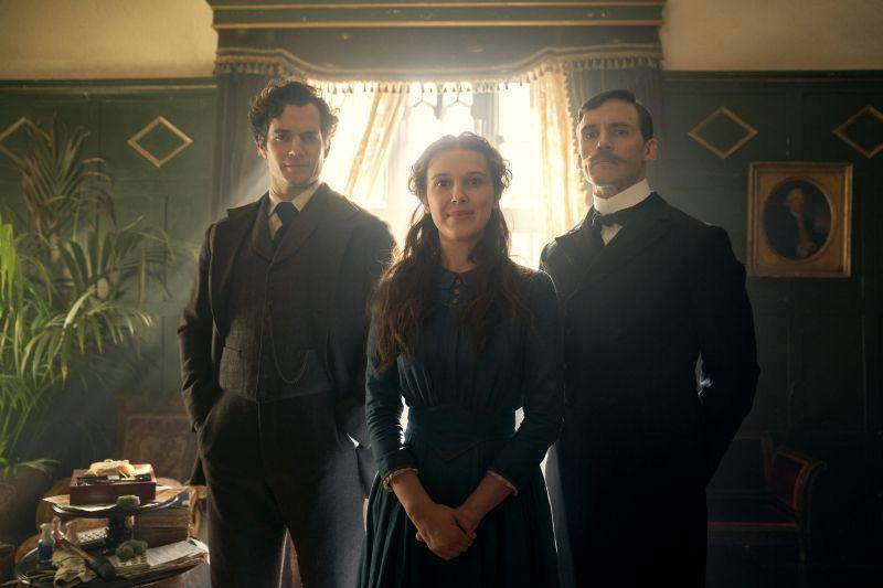 Enola Holmes - zwiastun filmu Netflixa. Henry Cavill jako Sherlock!