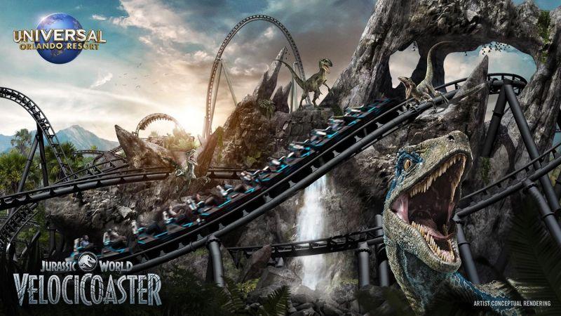 Jurassic World - nowy rollercoaster w parku rozrywki robi wrażenie