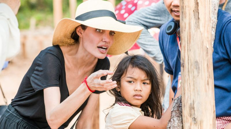 Angelina Jolie znów reżyseruje. Unreasonable Behaviour opowie o wojennym fotografie