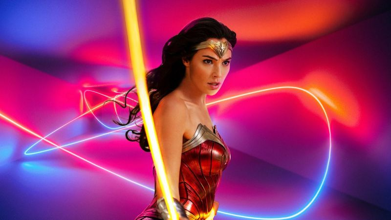 Wonder Woman 1984 - film doczekał się szczerego zwiastuna. Twórcy punktują film DCEU