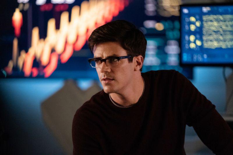 Flash - znany fanom złoczyńca pojawi się w 7. sezonie serialu. Będzie crossover z Supergirl?