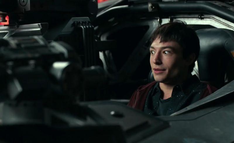 Flash - reżyser pokazuje nowe, niesamowite ujęcie kostiumu z filmu