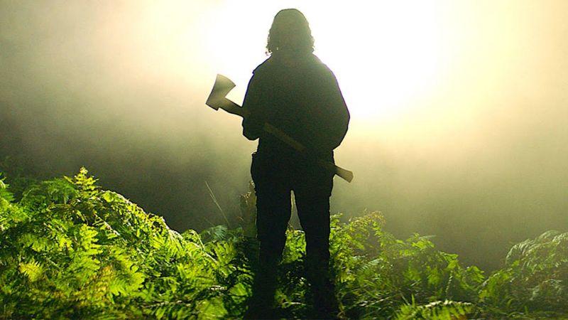 In The Earth - zwiastun horroru. Naukowiec szuka lekarstwa na tajemniczy wirus