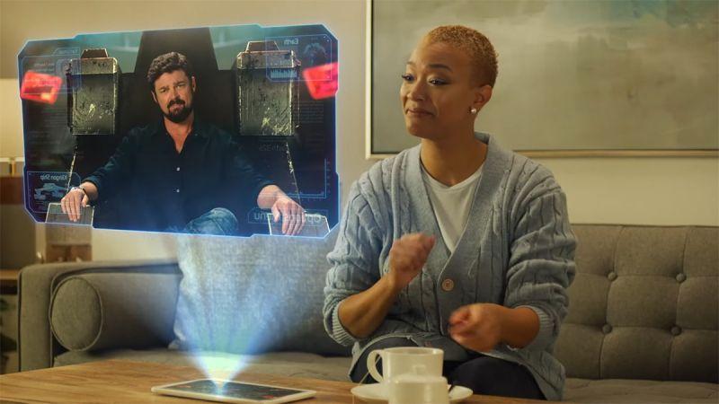 Star Trek: Fleet Command -  Karl Urban i Sonequa Martin-Green promują grę