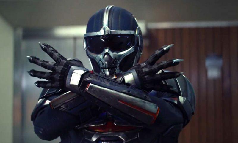 Czarna Wdowa - figurka Taskmastera daje lepsze spojrzenie na kostium złoczyńcy
