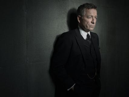 """Sean Pertwee: """"Mój syn ma na imię Alfred"""" – wywiad z odtwórcą roli Alfreda z serialu """"Gotham"""""""