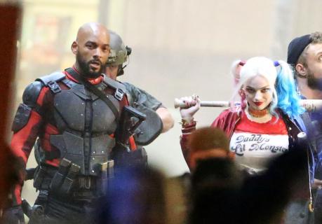 """Wyciekło zdjęcie promocyjne Jokera i Harley Quinn z """"Suicide Squad"""". Nowe zdjęcia i filmy z planu"""