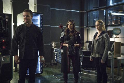 """""""Arrow"""", """"Pępek świata"""" i """"CSI: Cyber"""" po finałach serii – środowe wyniki oglądalności"""