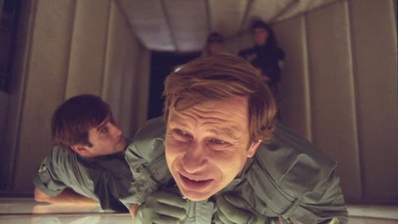 Polskie komedie – kultowe tytuły, które warto znać