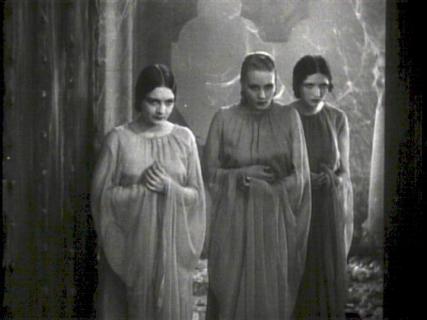 Narzeczone Drakuli – będzie serial o postaciach