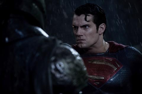 Box Office: Batman v Superman notuje spadek frekwencji i wygrywa