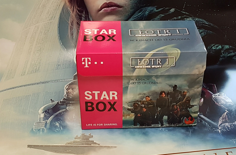 Unboxing Star Boxa Łotr 1. Gwiezdne Wojny – historie od T-Mobile