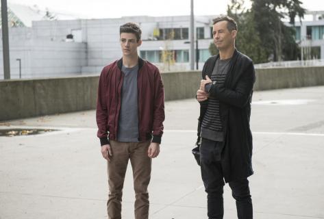Flash: Tom Cavanagh w 4. sezonie wcieli się w nową wersję Harrisona Wellsa