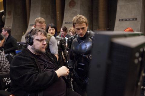 Zanbato – Guillermo del Toro wyreżyseruje film akcji o zabójczym dziecku