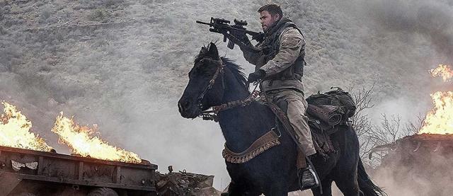 Chris Hemsworth rusza do Afganistanu. Nowy zwiastun filmu 12 Strong