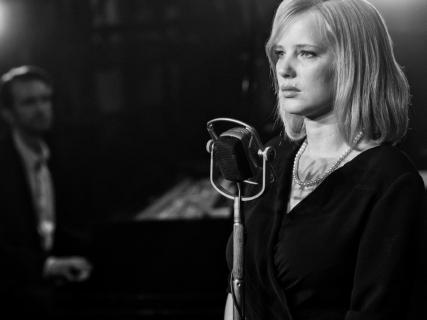 Joanna Kulig z główną rolą w serialu Netflixa. Za kamerą twórca La La Land!