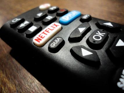 Netflix traci na wartości przez konkurencyjne serwisy VoD