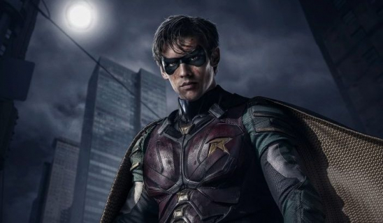 [SDCC 2018] Krwawa jatka i przekleństwa w świecie Batmana. Zwiastun serialu Titans