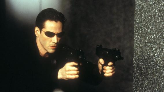 Matrix 4 - Neo chodzi po pustych ulicach. Nowe wideo