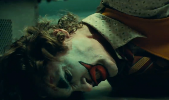 Joker – zwiastun filmu DC klatka po klatce