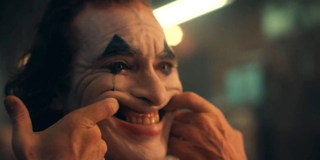 Joker nadal niepokonany. Rekordowy drugi weekend w box office. Bliźniak klapą