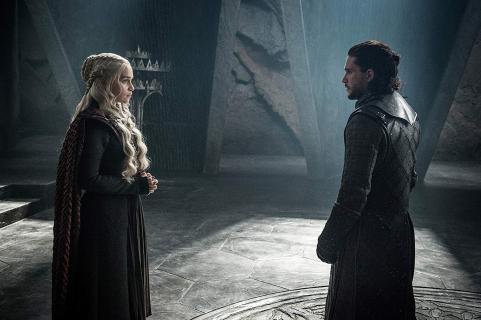 Gra o tron - Emilia Clarke o scenariuszu ostatnich odcinków. Kolejna wpadka twórców