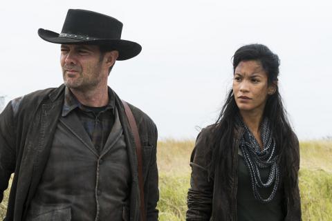Danay Garcia i Garret Dillahunt: Plan Fear The Walking Dead jest wycieńczający [WYWIAD]