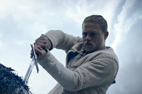 Król Artur: Legenda miecza - Charlie Hunnam zdradza, dlaczego film nie wyszedł