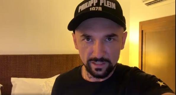 Polityka - Andrzej Grabowski jako prezes. Zobacz aktora w charakteryzacji