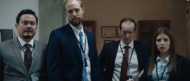 The Day Shall Come - zwiastun komedii o nieudolnych agentach FBI. Anna Kendrick w jednej z ról