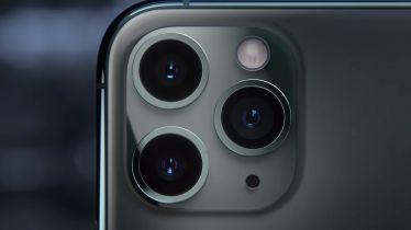 Apple obniży koszt iPhone'a 12 usuwając z pudełka słuchawki i ładowarkę