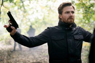 Arrow - Stephen Amell chce 9. sezonu serialu. Dzwonił nawet do producenta