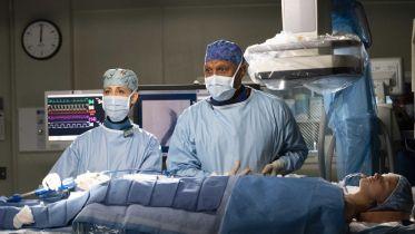 Chirurdzy i Jednostka 19 - ekipy seriali medycznych pomagają szpitalom