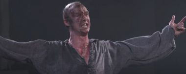 National Theatre Live - Benedict Cumberbatch jako potwór Frankensteina. Spektakle za darmo na youtube