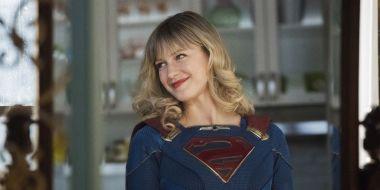 Flash, Supergirl i Black Lightning - zobaczcie plakaty promujące nowe sezony seriali The CW